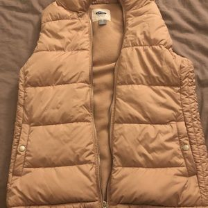 Old Navy Frost-Free Puffer Vest, pink XS